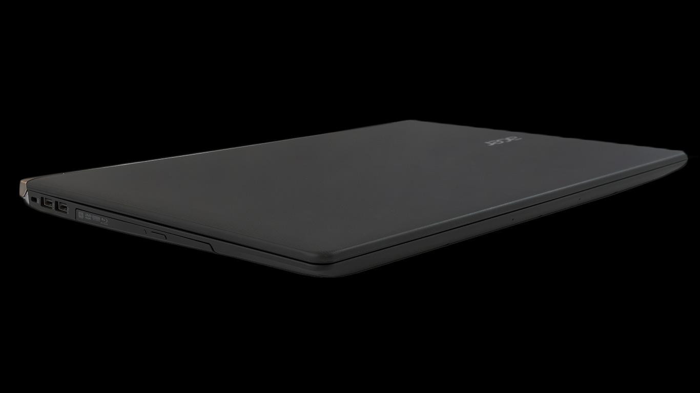 Acer Aspire V Nitro VN7-791G - zamknięty